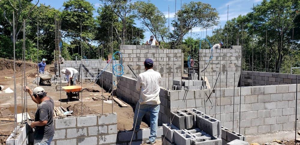 Casa Profeta Elias Construction